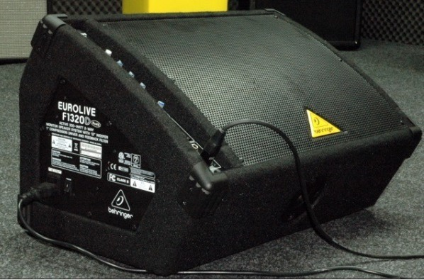 Behringer Eurolive F1320D Powered Floor Monitor Review