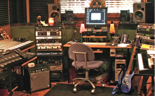 Peachy Home Recording Studio Setup Keyboards Guitars Amps Recording Largest Home Design Picture Inspirations Pitcheantrous