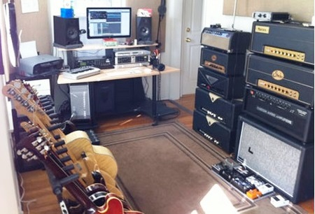 Terrific Home Recording Studio Setup Keyboards Guitars Amps Recording Largest Home Design Picture Inspirations Pitcheantrous