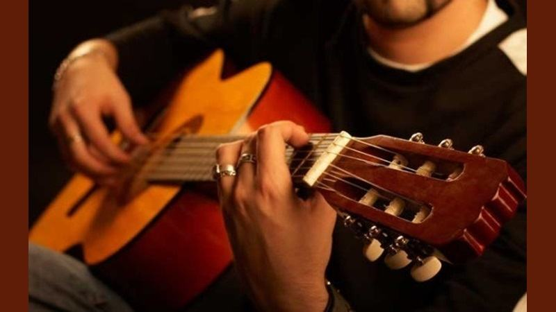 classical guitars buying guide prices reviews. Black Bedroom Furniture Sets. Home Design Ideas