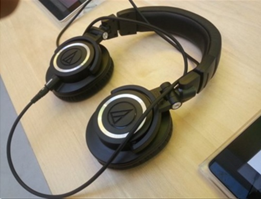 headphones for digital piano keyboard