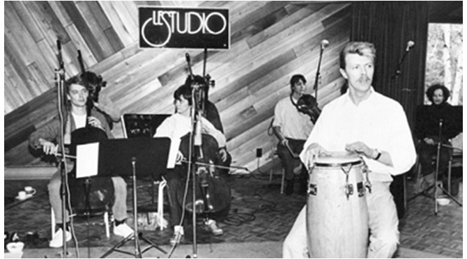 David Bowie at Le studio