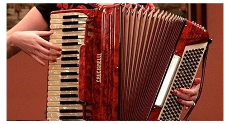Piano Accordion Reviews - Buy Hohner, Roland Piano, Button