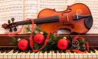 piano christmas music