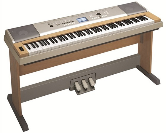 Yamaha lp 7a three pedal system for grand keyboards dgx for Yamaha dgx 660 review